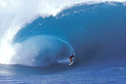 http://www.surftravelcompany.com/big-wave1.jpg